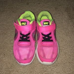 NIKE Girl Pink Revolution Sneakers Tennis Shoes